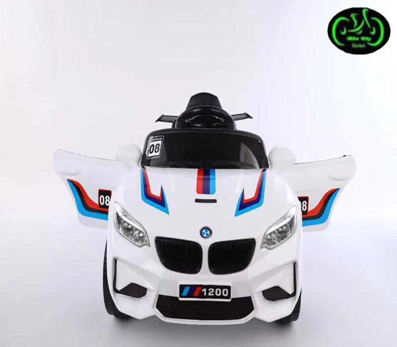 ماشین شارژی BMW سفید